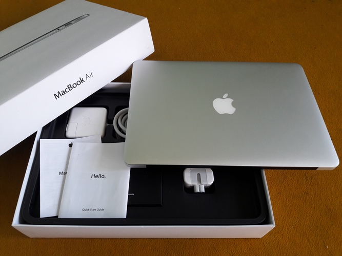 MacBook air MD761