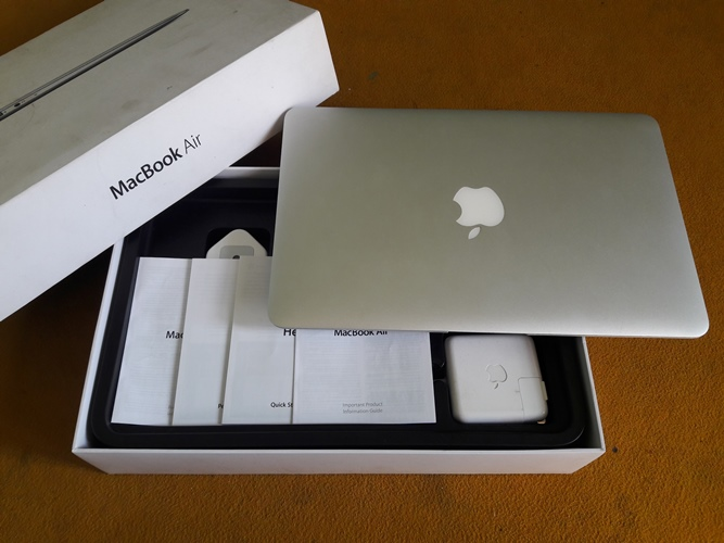 MacBook Air MD224