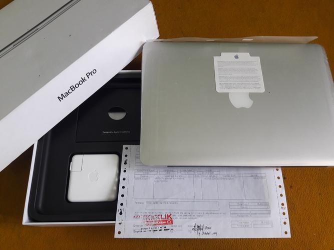 MacBook Pro Retina MGX72