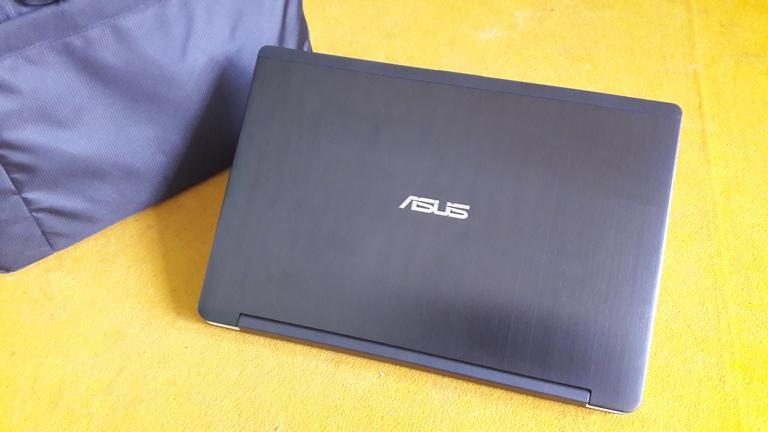 Asus TP550LD