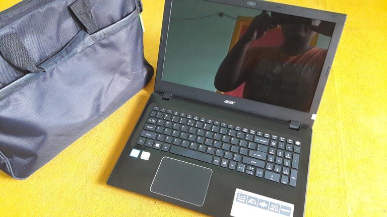 Acer E5-572G