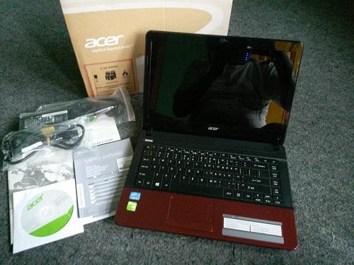 Acer Aspire E1  (9)