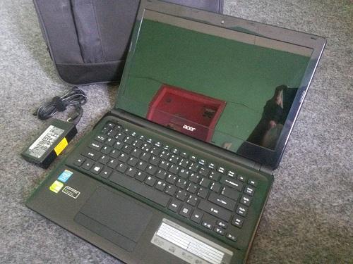 Acer E1 472G  (2)