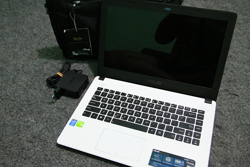 Asus A450LC  (2)