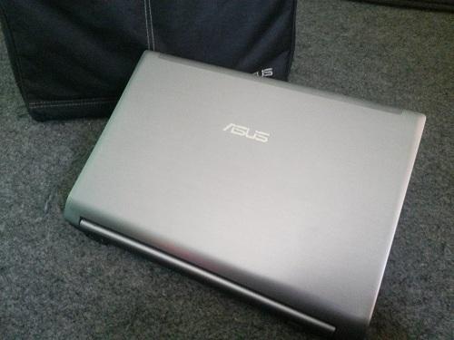 Asus N43SL  (1)