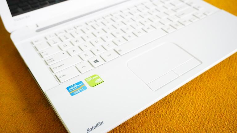 Toshiba C40