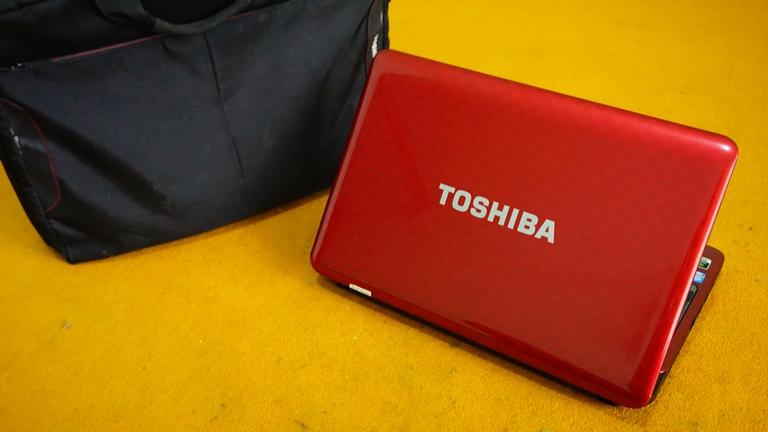Toshiba L745