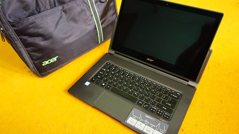 Acer Aspire R13 (R7-373T)