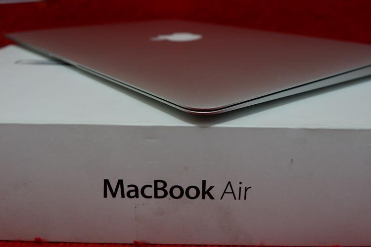 MacBook Air MQD32 2017 core i5