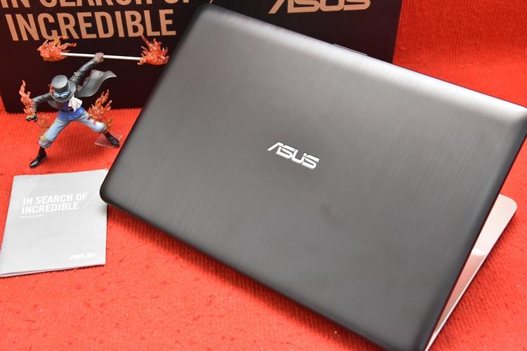 Asus X541UJ Core i3 6006U + Nvidia 920M