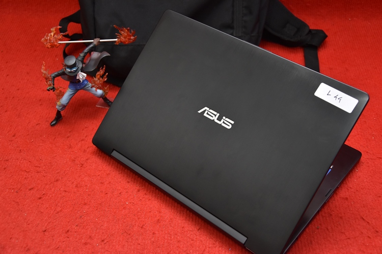 Laptop Business Asus Q302LA Core i3 5020