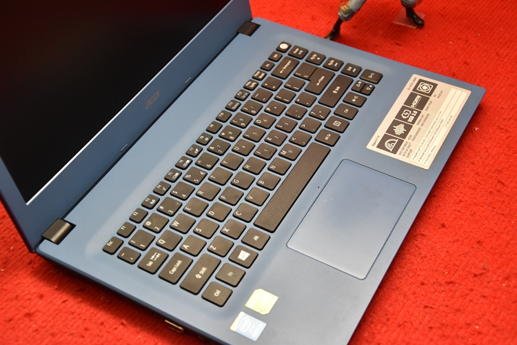 Acer E5-473G Core i5 + Nvidia 920M 2GB