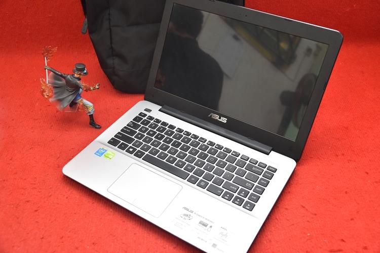 Laptop Asus A455LF Core i3 + Nvidia 930M
