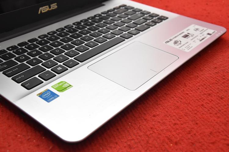 Asus A455LF Core i3 4005U + Nvidia 930M 2GB
