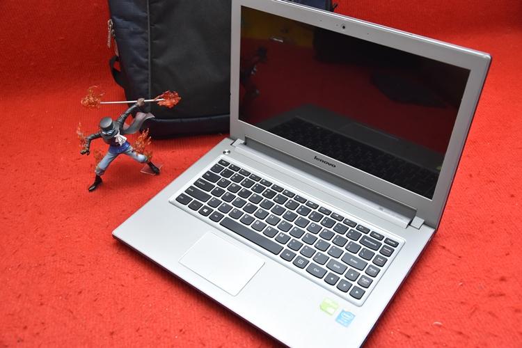Laptop Lenovo ideapad Z410 Core i5 + Nvidia 740M