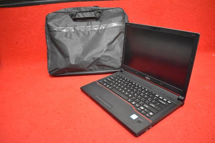 FUJITSU LIFEBOOK E 546 Core i5 - 6200U