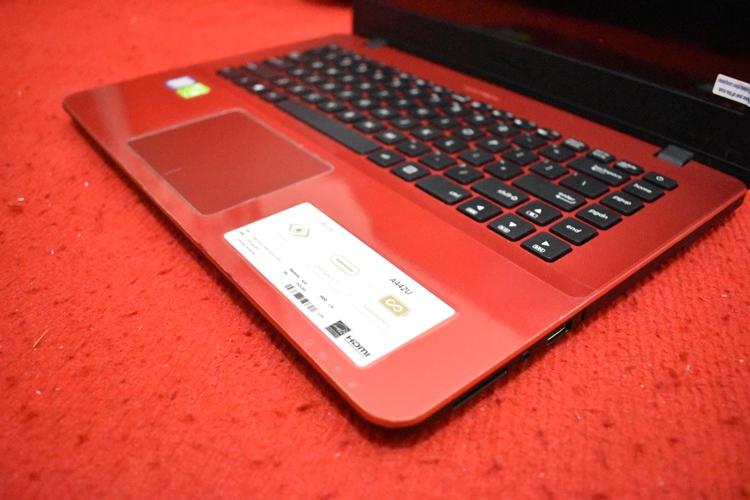 ASUS A442UR Core i5 - 7200U + Nvidia 930Mx