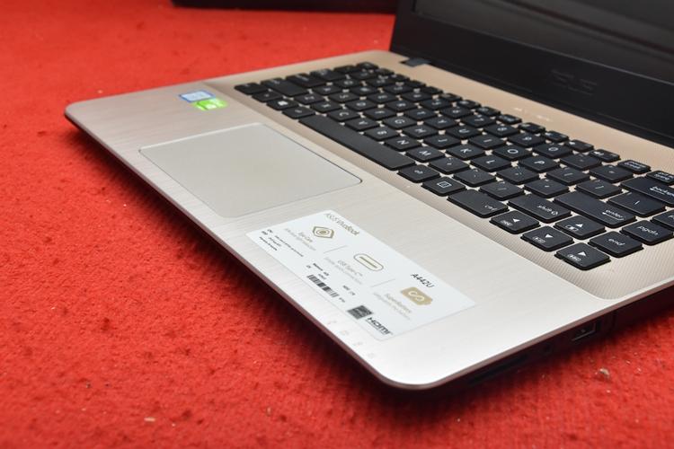 Asus A442UR Core i5 Gen 8Th + Nvidia 930Mx