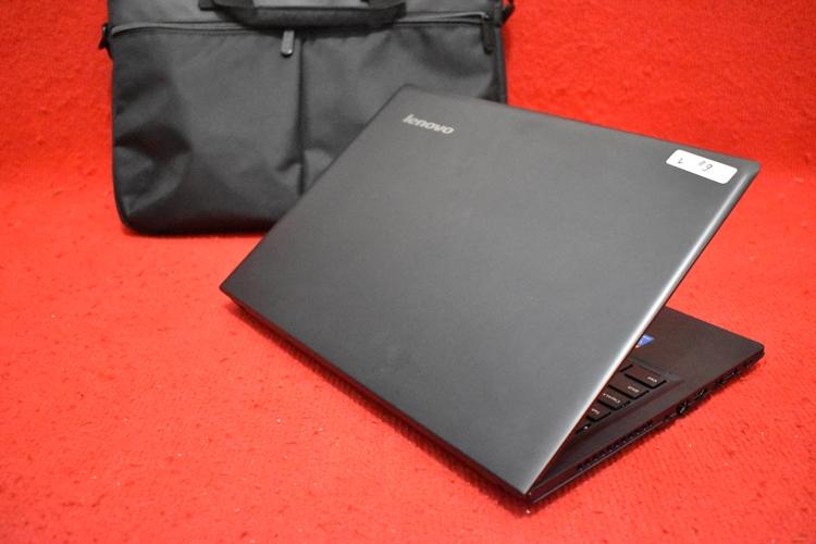 LENOVO IdeaPad 100 - 14IBD Core i3 - 5005U