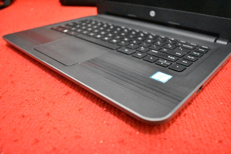 HP 240 G5 Core i3 - 6006U