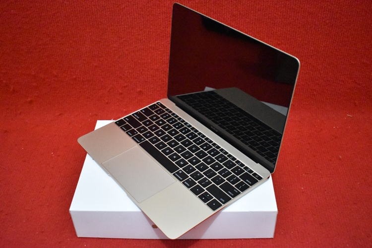 New MacBook MK4M2 Retina