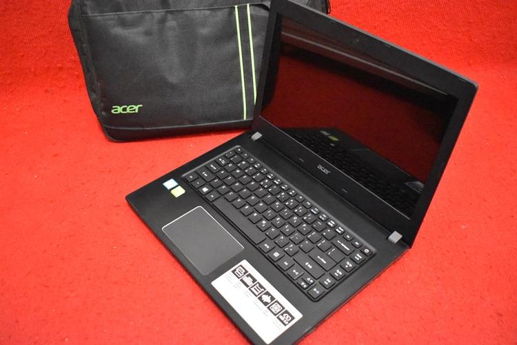 Acer E5 - 475G Core i7 - 7500U + Nvidia 940Mx GDDR5