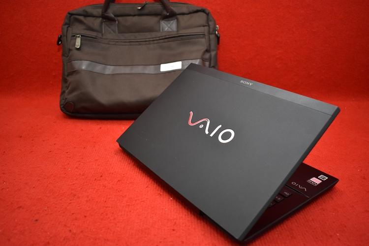 SONY VAIO SVS1313 Core i7 - 3540M + Nvidia GT 640M LE