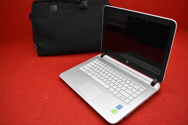 HP 14 - v207TX Core i7 5500U + Nvidia 840M