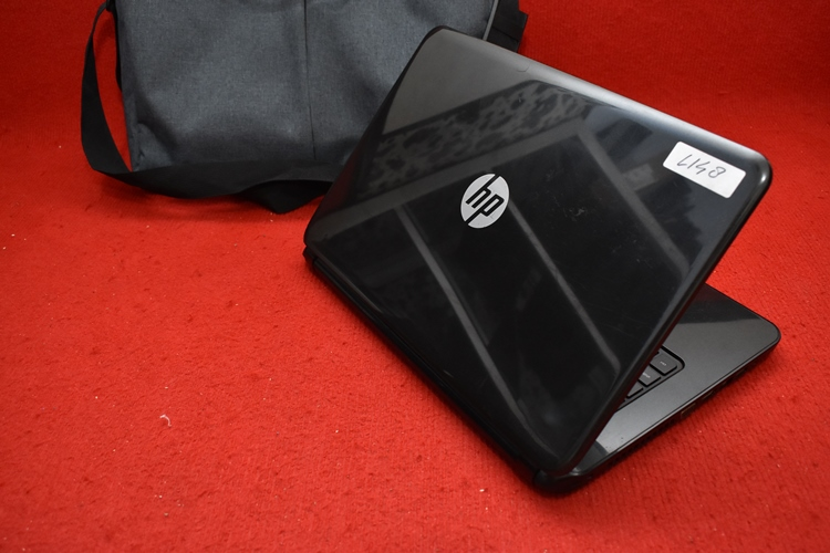HP 14 - r017TX Core i3 - 4030U + Nvidia 820M