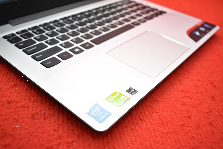 LENOVO U41 Core i7 - 5500U + Nvidia 940M