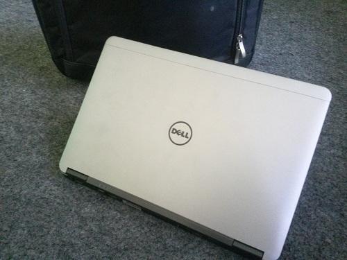 Dell Latitude  (1)