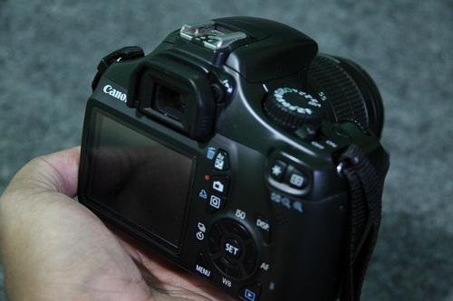 EOS 1100D  (2)