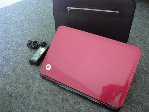 HP SleekBook 14  (1)