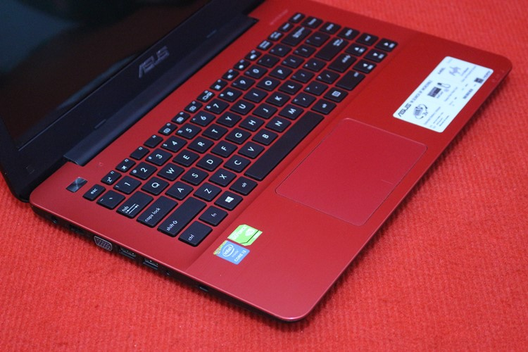 Asus A455LF