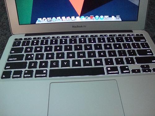 MacBook Air  (8)