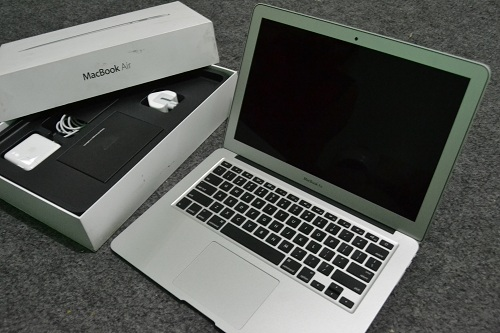 MacBook Air MD760  (4)