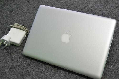 MacBook Pro 8.1  (2)