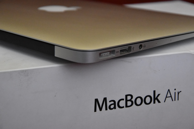 MacBook Air MD771