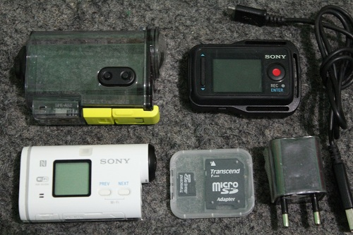 Sony HDR AS100V  (1)