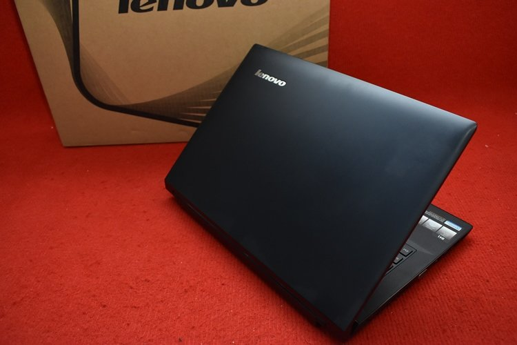 LENOVO B41 - 35 AMD A8 - 7410 APU