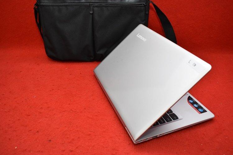 Lenovo Ideapad 510S Core i5 6200U + AMD Radeon R7